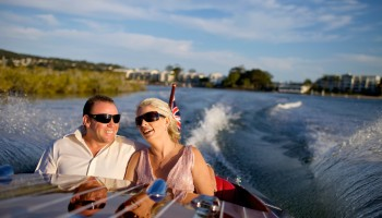 wedding ideas in noosa - classic boat cruise