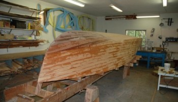 Noosa Dreamboats - construction images - planking