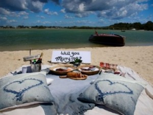 Propose in Noosa - ultimate beach proposal ideas