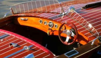 Noosa classic wooden speed boat